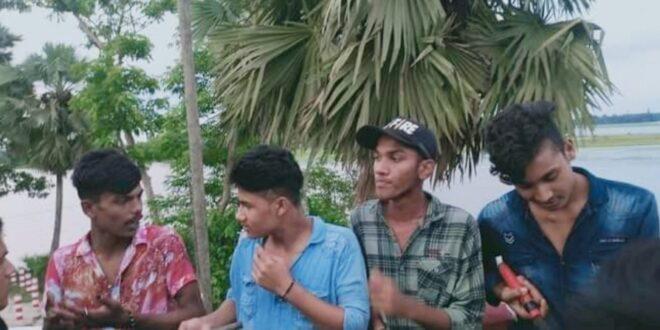 নাঙ্গলকোটে অস্ত্রসহ কিশোর গ্যাং এর ৪ সদস্য আটক