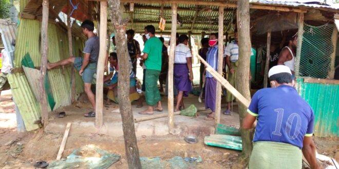 উখিয়ার রোহিঙ্গা ক্যাম্প এলাকায় ৪৫ অবৈধ স্থাপনা উচ্ছেদ