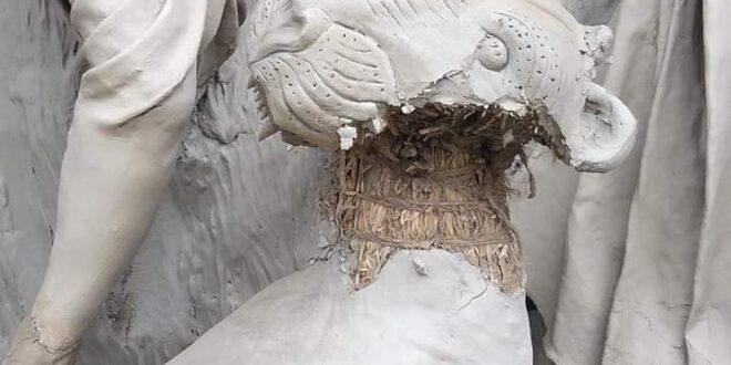 কুষ্টিয়ায় একটি পুজা মন্ডবে দুর্বৃত্তদের হানা, দুর্গা প্রতিমাসহ অন্যান্য মূর্তি ভাঙচুর